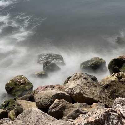 Foto al mare mosso con effetto movimento setoso scattata con un iPhone