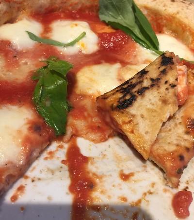 Pizzeria Meno Male, come mangiare una vera pizza napoletana a Stoccolma