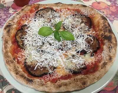 Come cuocere la pizza napoletana col cannello da cucina